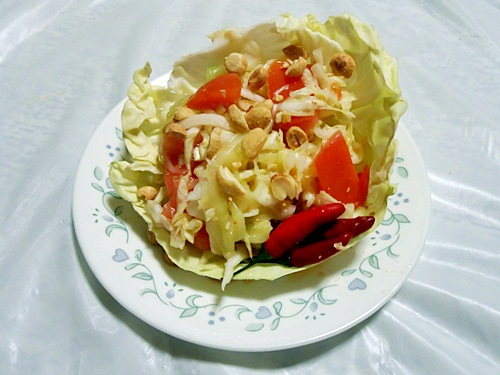 thai-style cabbage and cucumber salad